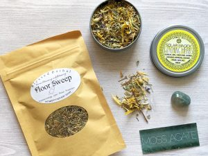 Herbs, floor sweep, moss agate